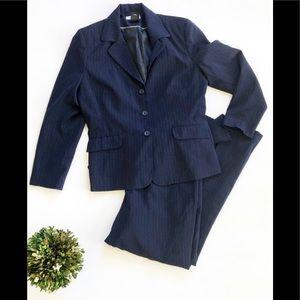 Womens East 5th Navy Blue Pinstripe Suit - Sz 14
